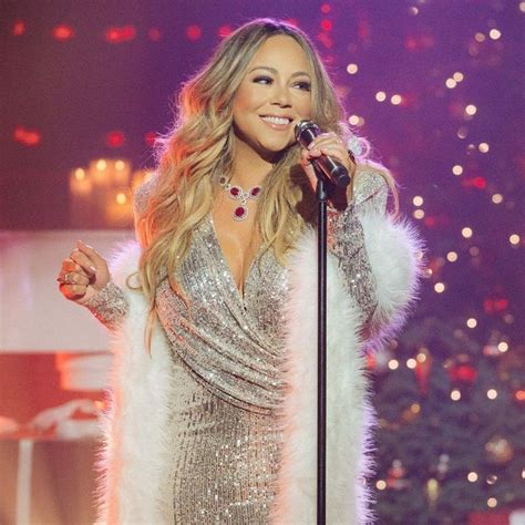 Mariah Carey -【Biography】Age, Net Worth, Height, In