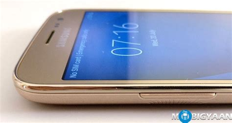 Samsung Galaxy J2 (2016) Hands-on Images
