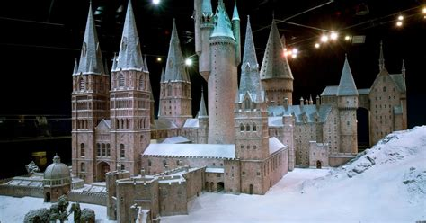 Harry Potter fans can experience Hogwarts in the Snow as