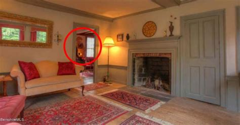 It Sure Does Look Like There's A Ghost In This Real Estate