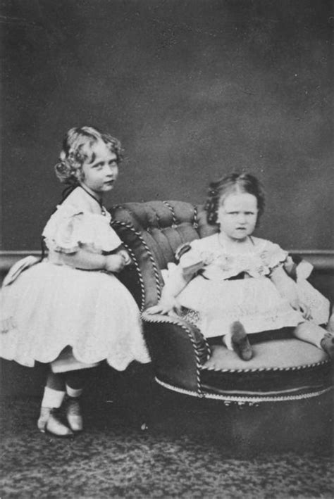 Princesses Victoria and Elizabeth of Hesse (later