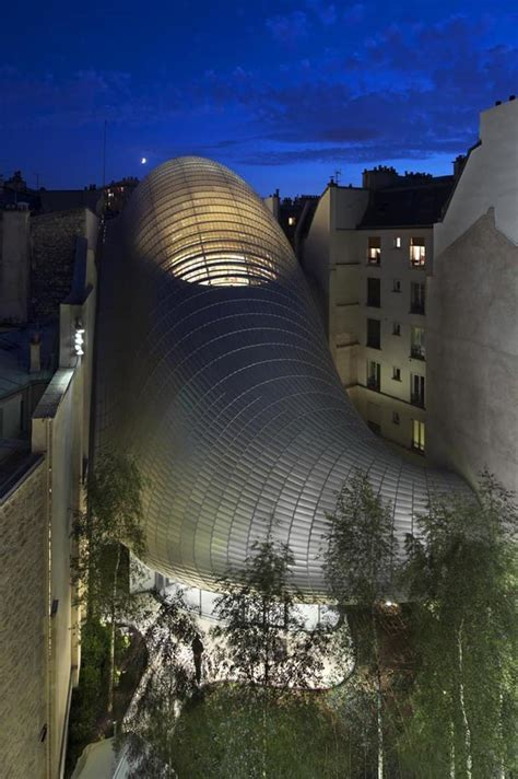 The New Headquarters of the Pathé Foundation: Glass