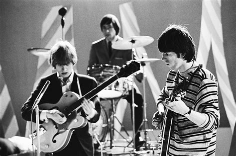 RS073 : Stones TV Performance - Iconic Images